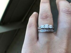 Engagement Ring & Wedding Band Set