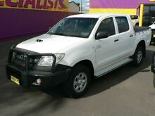 2008 Toyota Hilux KUN26R 08 Upgrade SR (4x4) White 5 Speed Manual Dual Cab Chassis Dubbo 2830 Dubbo Area Preview