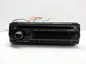 Sony MEX-BT2500 Car Deck Unit. We sell used car equipment. 3137