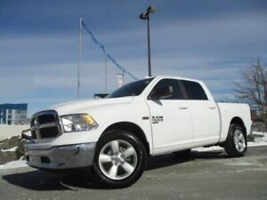 2019 Ram 1500 SLT CLASSIC HEMI 5FT 7IN BOX (R/CAM, BLUETOOTH, 20
