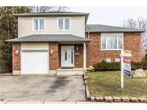 EXCELLENT FAMILY HOME IN WEST GALT! GREAT CONDITION!
