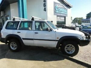 2000 Nissan Patrol GU DX (4x4) White 5 Speed Manual 4x4 Wagon Earlville Cairns City Preview