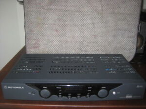DIGITAL TV CONVERTER BOX BY MOTOROLA