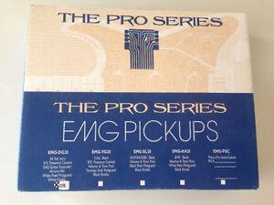 EMG-DG20 David Gilmour Pre-Wired Pickguard/Pickup Set