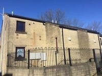 ONE BEDROOM FIRST FLOOR FLAT, STONE ACRE COURT, WEST BOWLING, BRADFORD, BD5 8EW - NO BOND OR FEES