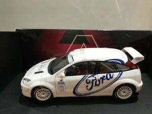 1/18 Diecast Autoart Ford Focus WRC 1999 Test Car No minichamps