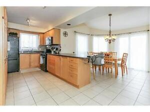 Amazing!! 4 Bed Room Beautiful Detached House for RENT!! Cambridge Kitchener Area image 3