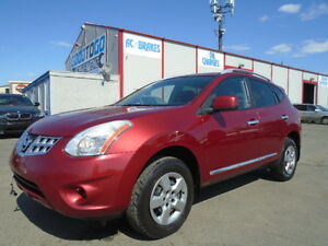 2011 Nissan Rogue SL AWD --AMAZING SHAPE IN AND OUT