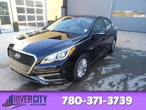 2016 Hyundai Sonata Hybrid HYBRID Heated Seats,  Back-up Cam,  B