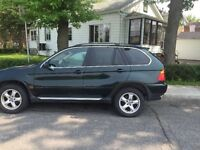 2002 BMW X5 E53 4.4i for Parts / pour Pieces