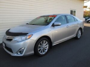 2014 Toyota Camry Hybrid XLE **BOXING DAY BLOWOUT**