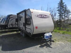 LEFTOVER BLOWOUT SALE - 2014 Fun FInder 189FBS