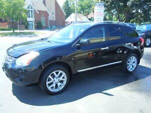 2012 Nissan Rogue S- SUNROOF, REAR VIEW CAMERA, REMOTE STARTER,