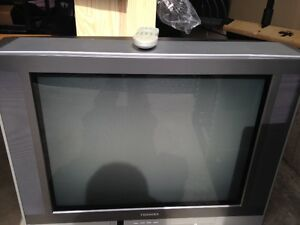 Toshiba 27'' CRT Television with remote