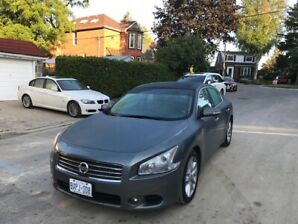 2011 Nissan Maxima 3.5 in good condition