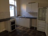 3 bedroom house available to let in Avenons road, Plaistow,E13.