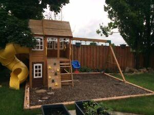 Outdoor Cedar Summit Richmond Lodge Wooden Play Set with swings