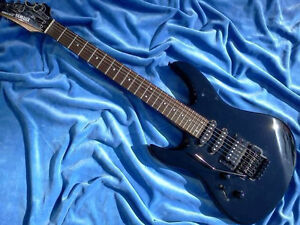 """YAMAHA"" LEFTHAND RGX-312 ELECTRIC GUITAR with SOFTCASE West Island Greater Montréal image 1"