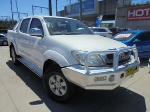 2009 Toyota Hilux GGN25R MY09 SR5 White 5 Speed Manual 4D Utility Holroyd Parramatta Area Preview