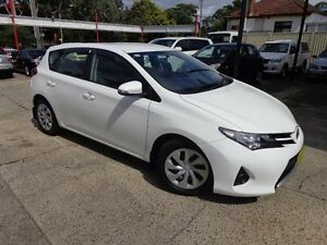 2013 Toyota Corolla ZRE182R Ascent White 7 Speed CVT Auto Sequential Hatchback Sylvania Sutherland Area Preview