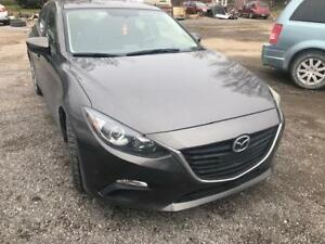 2014 Mazda Mazda3 GX-SKY (READY TO GO)
