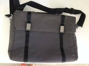 ASUS laptop bag Joslin Norwood Area Preview