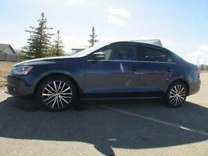 2013 VW Jetta TDI Highline   **DIESEL-LEATHER-SUNROOF**