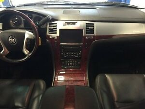 2010 Cadillac Escalade Luxury AB/SK SAFETIED!