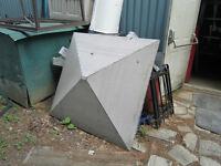 Toiture en aluminium rivetée