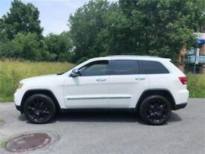 2011 JEEP GRAND CHEROKEE-  limited- MAGS SRT-8-  14 700$