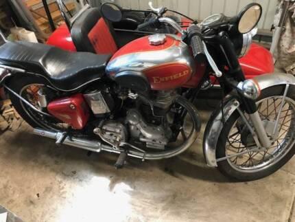 royal enfield 500 bullet motorcycle