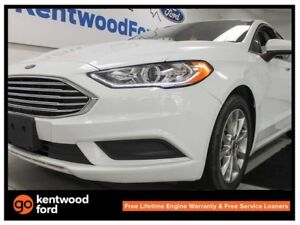 2017 Ford Fusion SE, sunroof, powered seats, back up cam and key