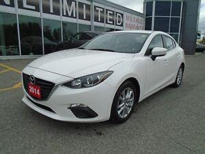 2014 Mazda Mazda3 **BACKUP CAM, BLUETOOTH & CRUISE!** GS
