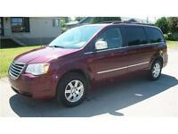 2009 Chrysler Town & Country Touring stow & go
