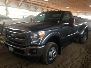 Like New 2015 F 350 Ford 4x4 dulley still has lots of warranty c