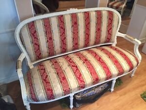 Antique Victorian Style Couch and Matching Chairs