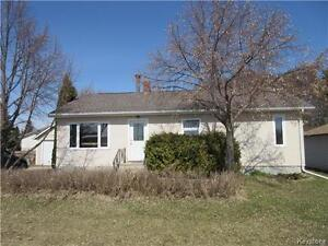 Oversized 7800 sq ft lot with well kept 2 BR home in Strathclair