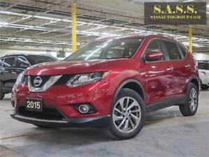 2015 Nissan Rogue SL AWD, LEATHER AND NAVIGATION 30199 KMS