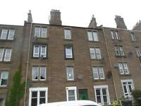 Spacious 2 Bed Flat Taylors Lane Just Off Magdalen Green
