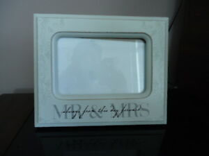 5x8  Mr and Mrs Frame for Wedding Photo