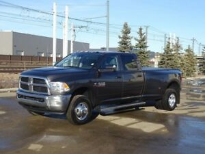 2017 Ram 3500 4WD CREWCAB SXT Diesel,  Accident Free,  Back-up C
