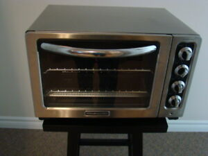 Toaster oven/small counter top oven