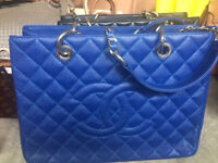 Chanel shopper in caviar and smooth Different colours
