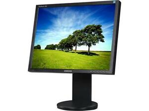 "20"" ""Square"" LCD Monitor"