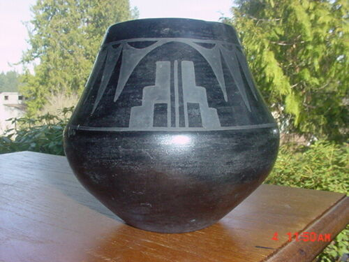 SAN ILDEFONSO PUEBLO INDIAN POTTERY BOWL SIGNED MARIE & JULIAN EXPERT OPINION