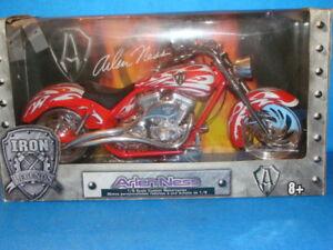 ARLEN NESS  IRON LEGENDS 1/6 Scale Diecast motorcycle