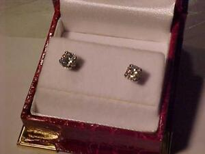 #3550-ABSOLUTELY *NEW* 14K WHITE Gold SCREW BACK DIAMOND EARRINGS .75ct Total Appraised $3,350.00 sell $995.00 free s/h