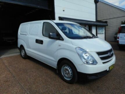 2011 Hyundai iLOAD TQ Crew White 5 Speed Automatic Van Maryville Newcastle Area Preview