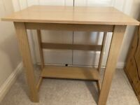 Small desk - good as new