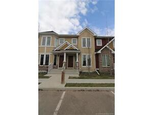 Beautiful & Affordable Move In Ready Townhome in Clearview Ridge